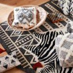 Shop & Rock Friday / 'Black is Black' - textiles